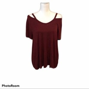 Mossimo Burgundy Cold Shoulder Top size XXL